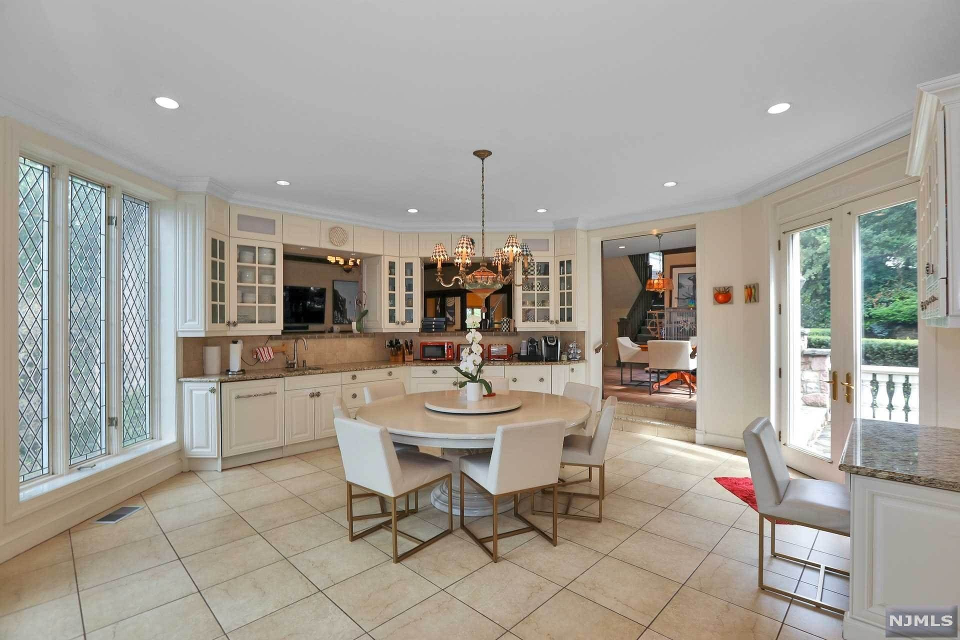 21 Chestnut Court A Luxury Home For Sale In Englewood Bergen County New Jersey Property Id 20039615 Christie S International Real Estate