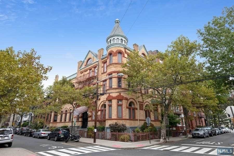 Condominium for Sale at 1101 Bloomfield Street #B Hoboken, New Jersey, 07030 United States