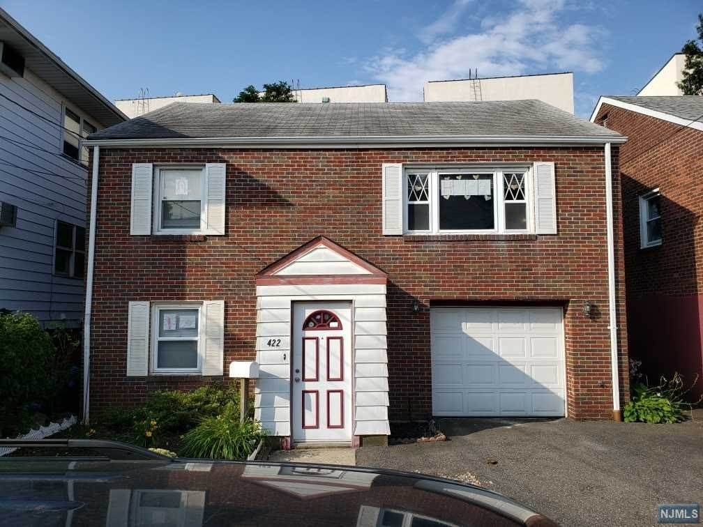 Single Family Home for Sale at 422 Sherman Place Fairview, New Jersey, 07022 United States