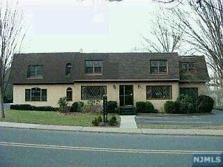 Comm / Ind Lease for Rent at 36 Farview Terrace Paramus, New Jersey, 07652 United States