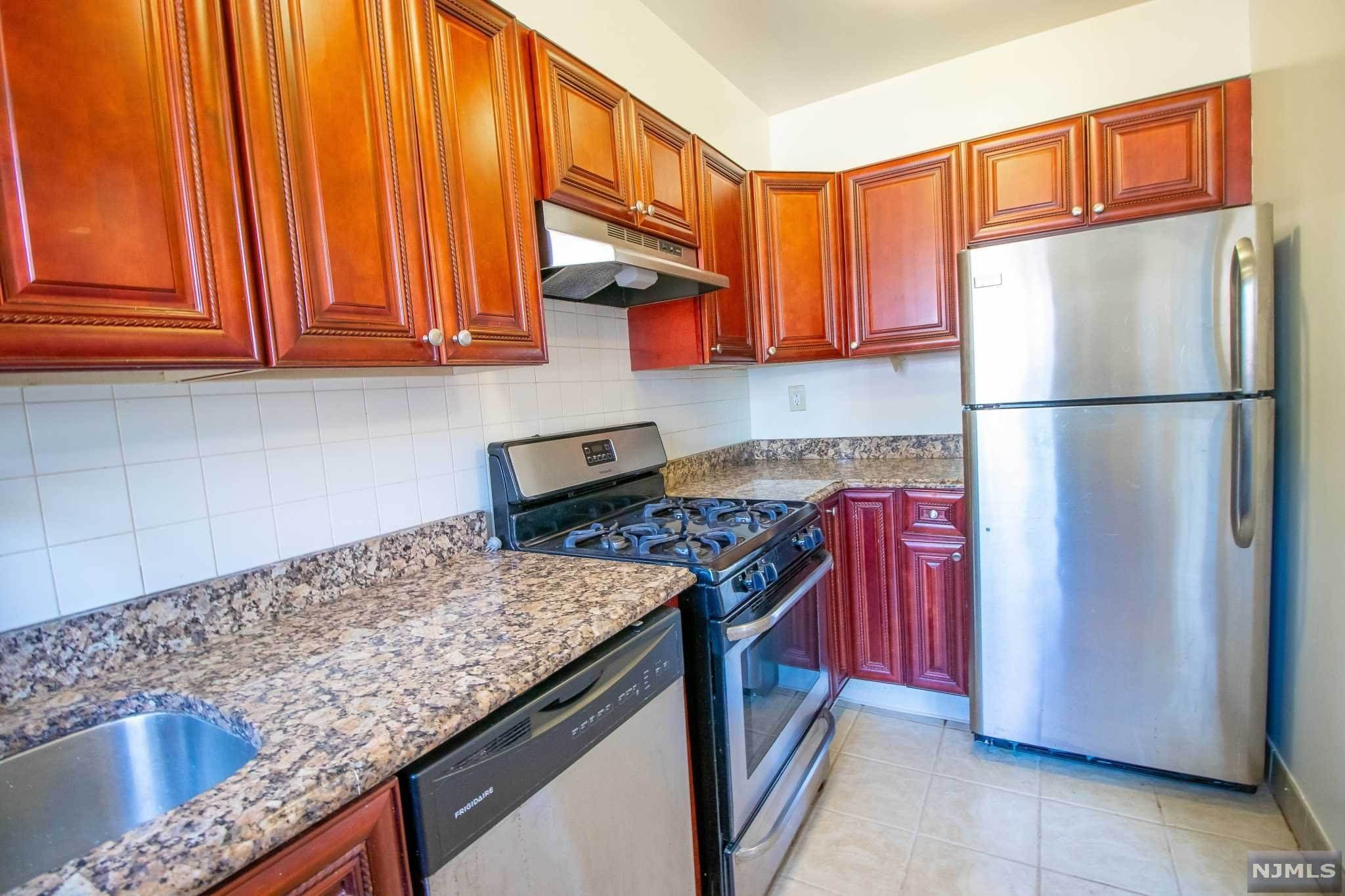 8. Rental Communities for Rent at 151 East Palisade Avenue #A4 Englewood, New Jersey, 07631 United States