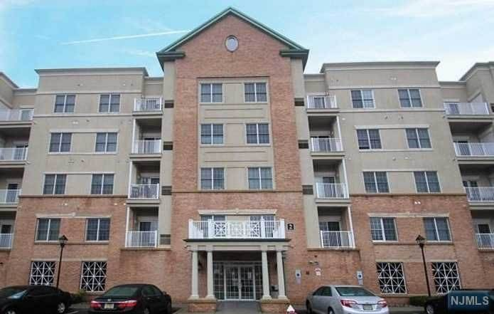 7. Rental Communities for Rent at 2105 Windsor Park Court #105 Englewood, New Jersey, 07631 United States