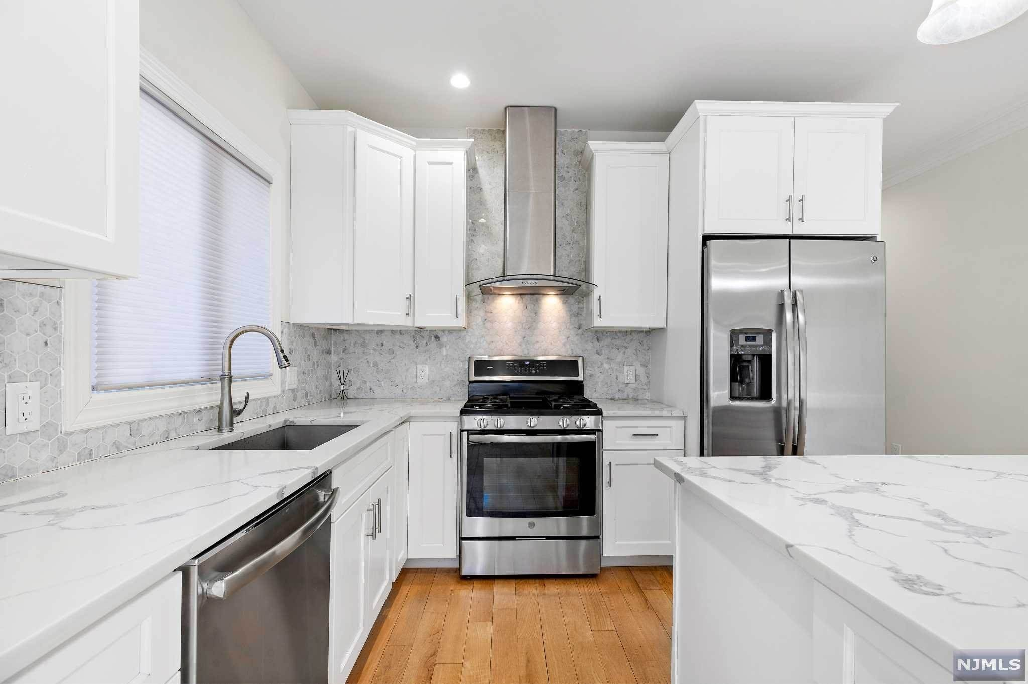 10. Rental Communities for Rent at 263B Hillside Avenue #2 Palisades Park, New Jersey, 07650 United States