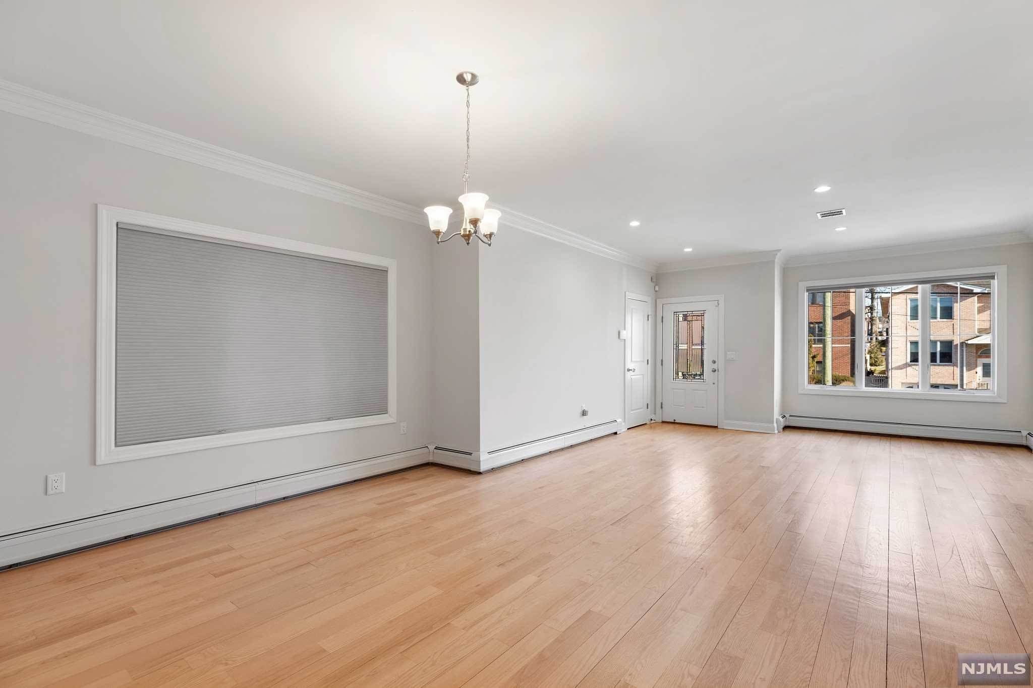 6. Rental Communities for Rent at 263B Hillside Avenue #2 Palisades Park, New Jersey, 07650 United States