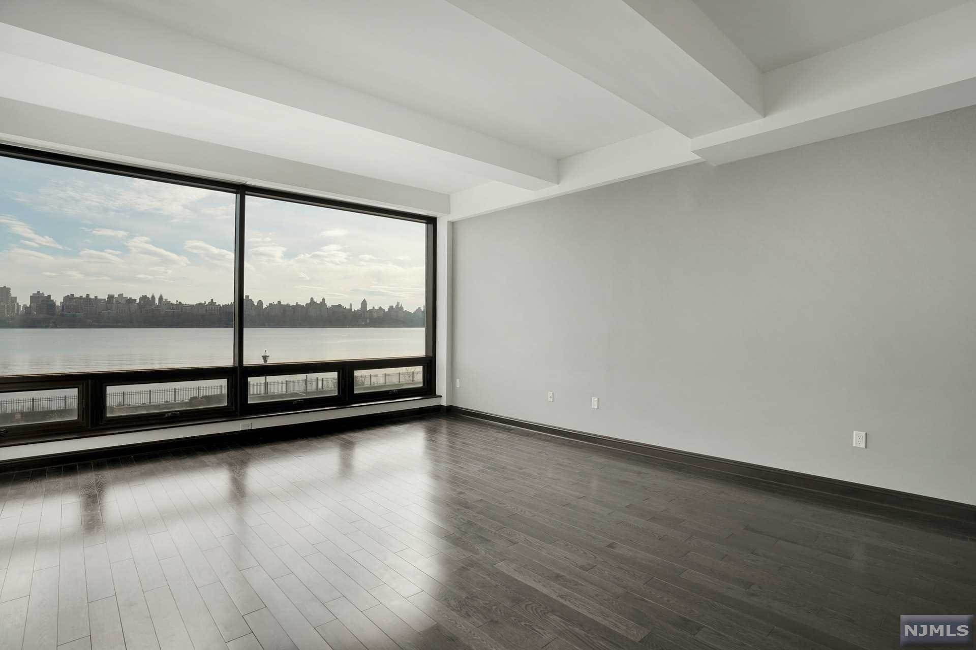 5. Rental Communities for Rent at 9 Somerset Lane #209 Edgewater, New Jersey, 07020 United States