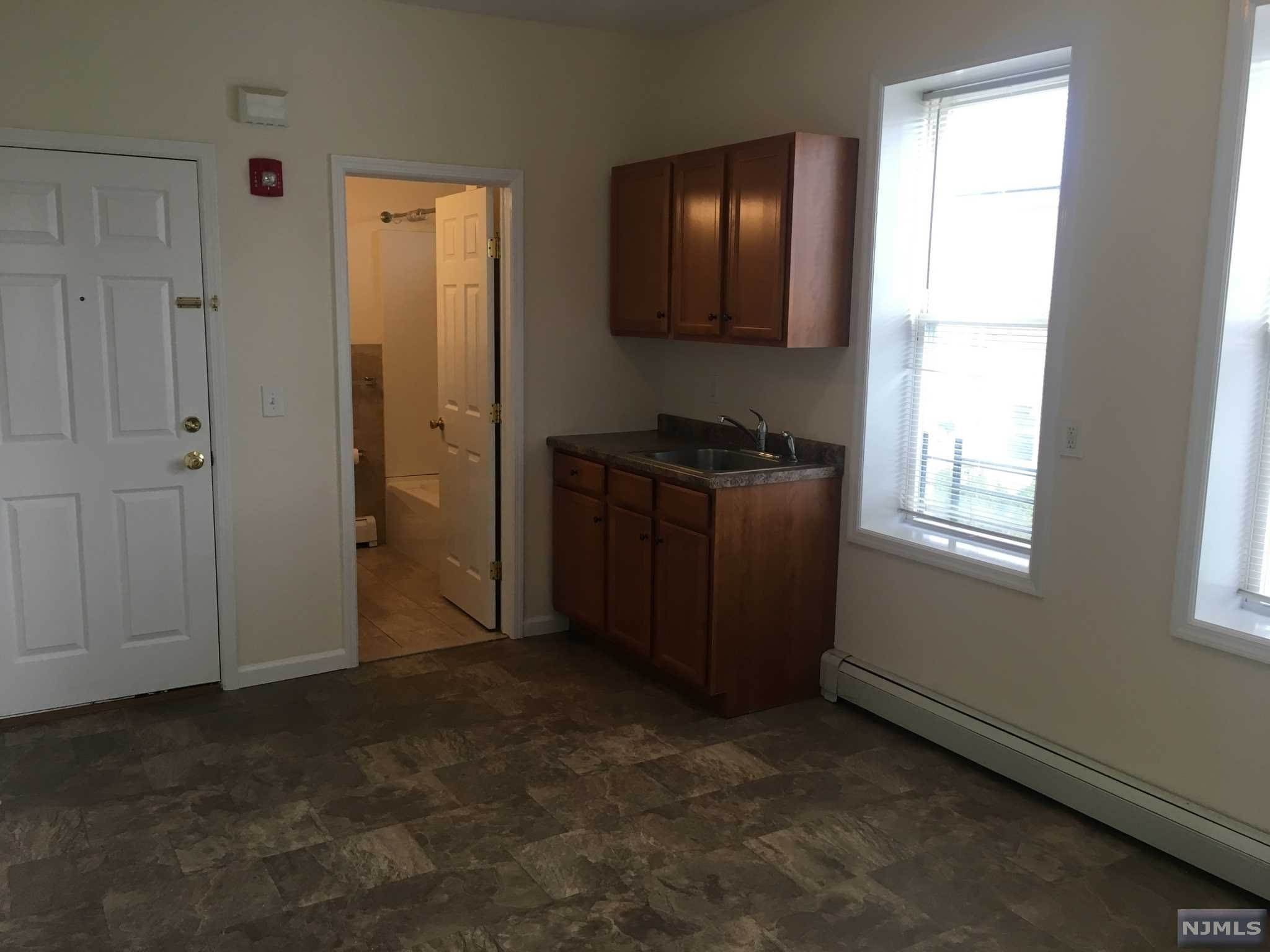 2. Rental Communities for Rent at 193 Ackerman Avenue #4 Clifton, New Jersey, 07011 United States