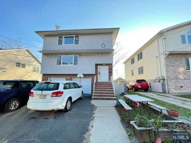 Rental Communities for Rent at 83 Feronia Way #1st fl Rutherford, New Jersey, 07070 United States