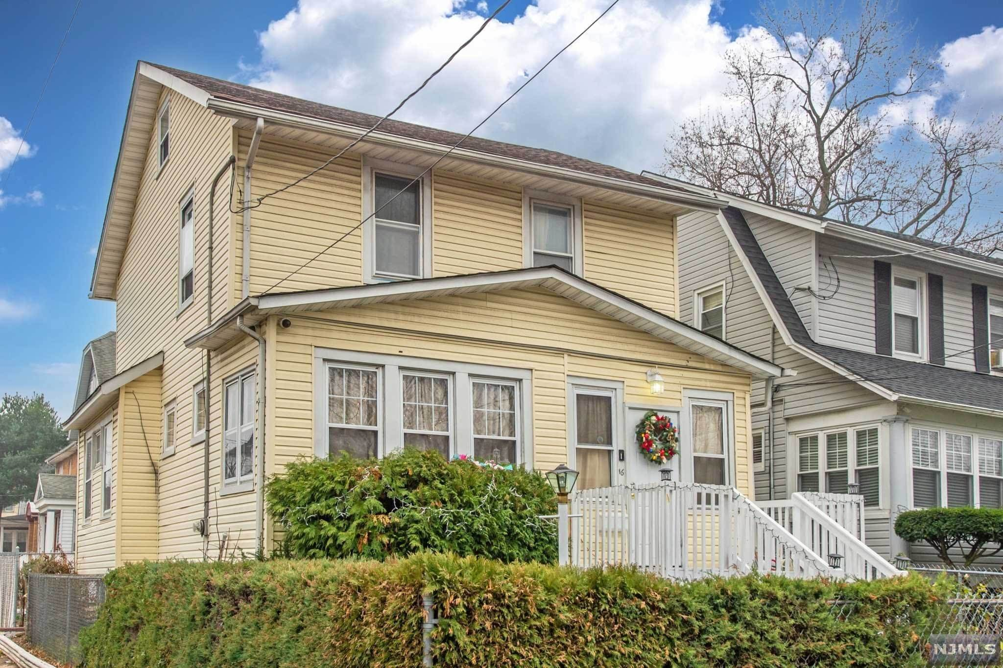 Rental Communities for Rent at 16 Vailsburg Terrace Newark, New Jersey, 07106 United States