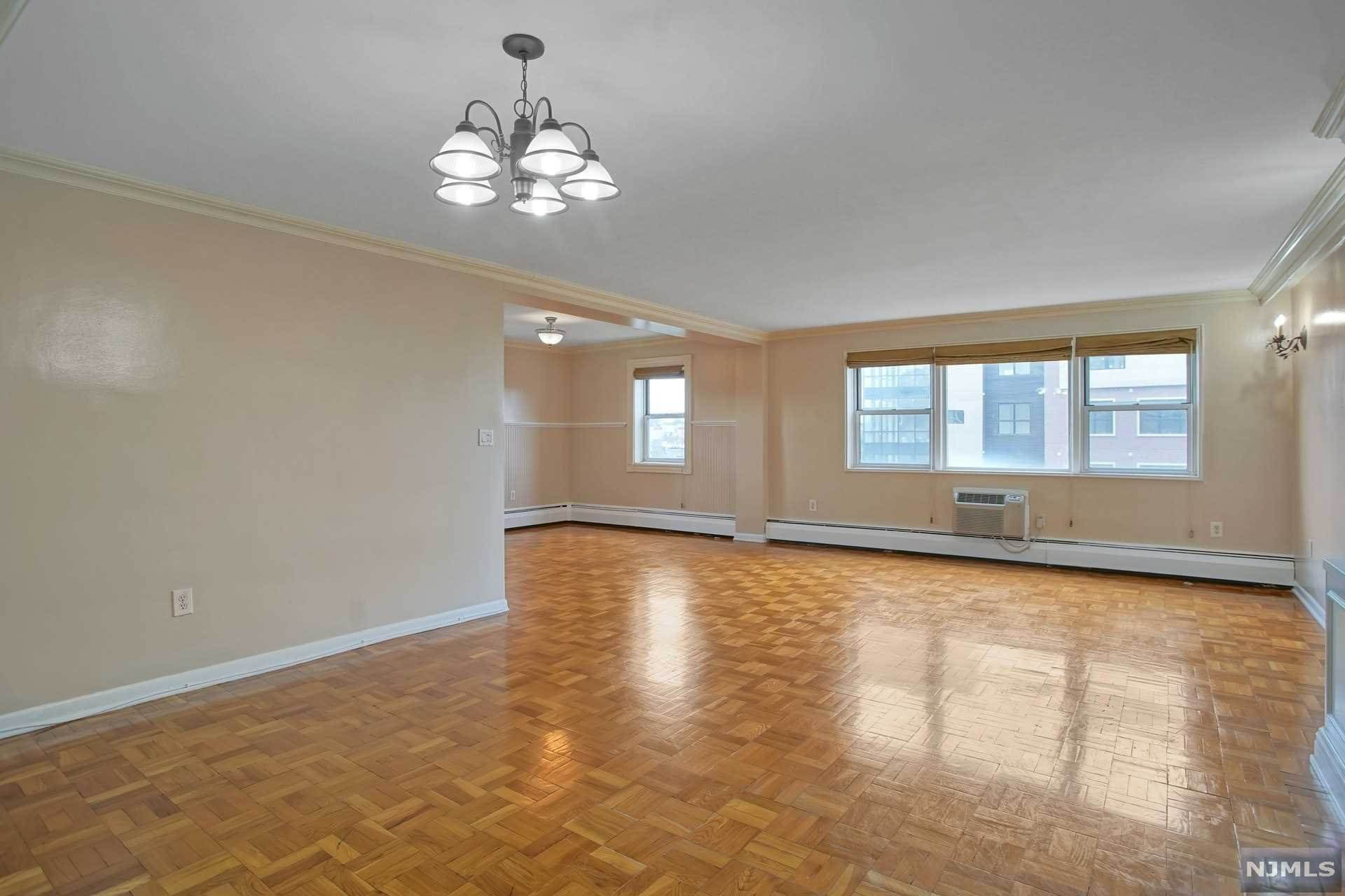 2. Rental Communities for Rent at 6010 BOULEVARD EAST #61 West New York, New Jersey, 07093 United States