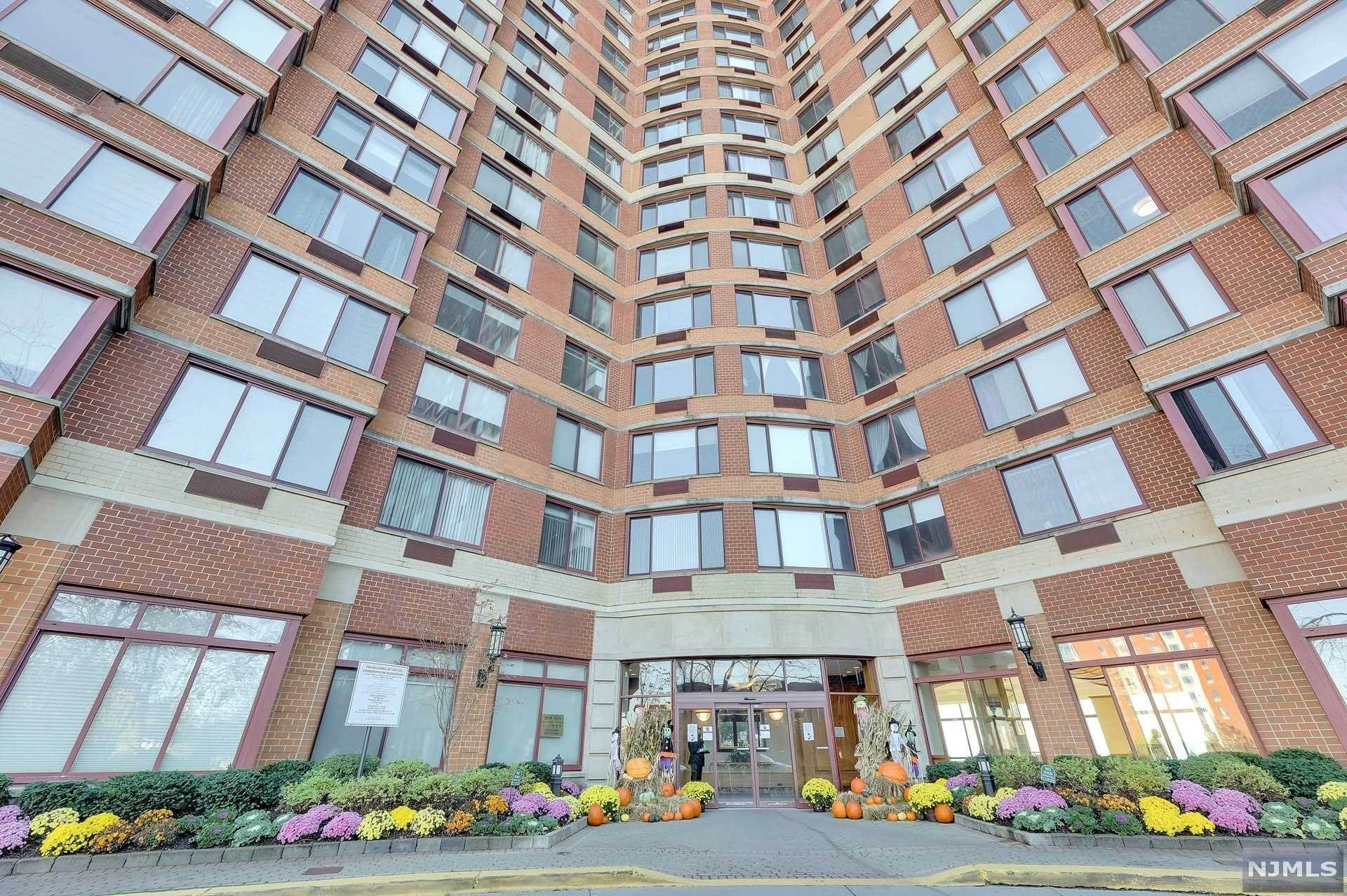 Rental Communities for Rent at 100 Old Palisade Road #1501 Fort Lee, New Jersey, 07024 United States