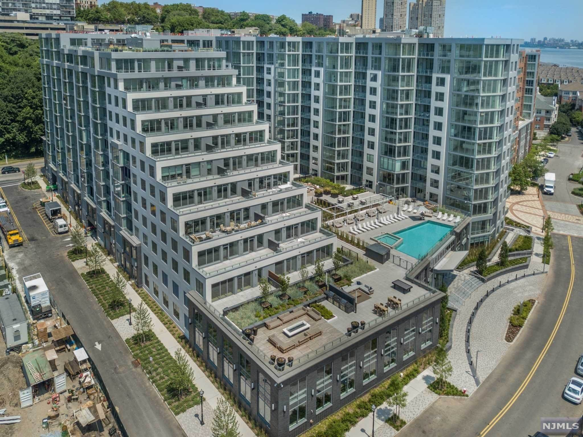 Condominium for Sale at 9 Ave At Port Imperial #TH10 West New York, New Jersey, 07093 United States