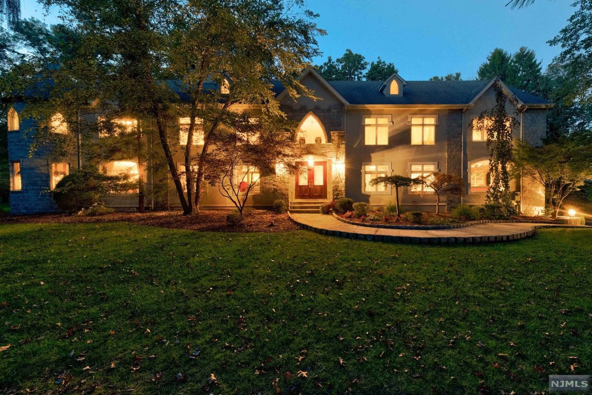 Single Family Home for Sale at 11 Pine Tree Drive Saddle River, New Jersey, 07458 United States