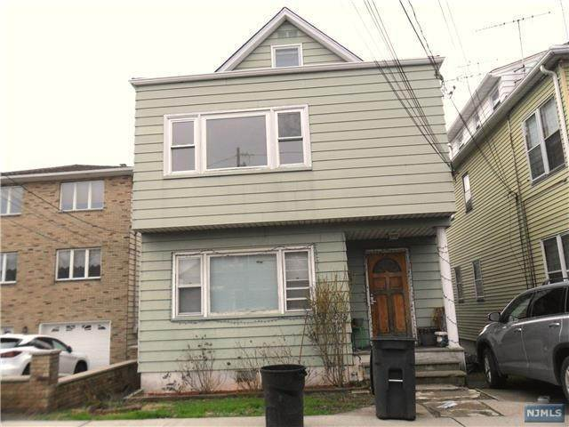 Rental Communities for Rent at 72 Strong Street #2 Wallington, New Jersey, 07057 United States