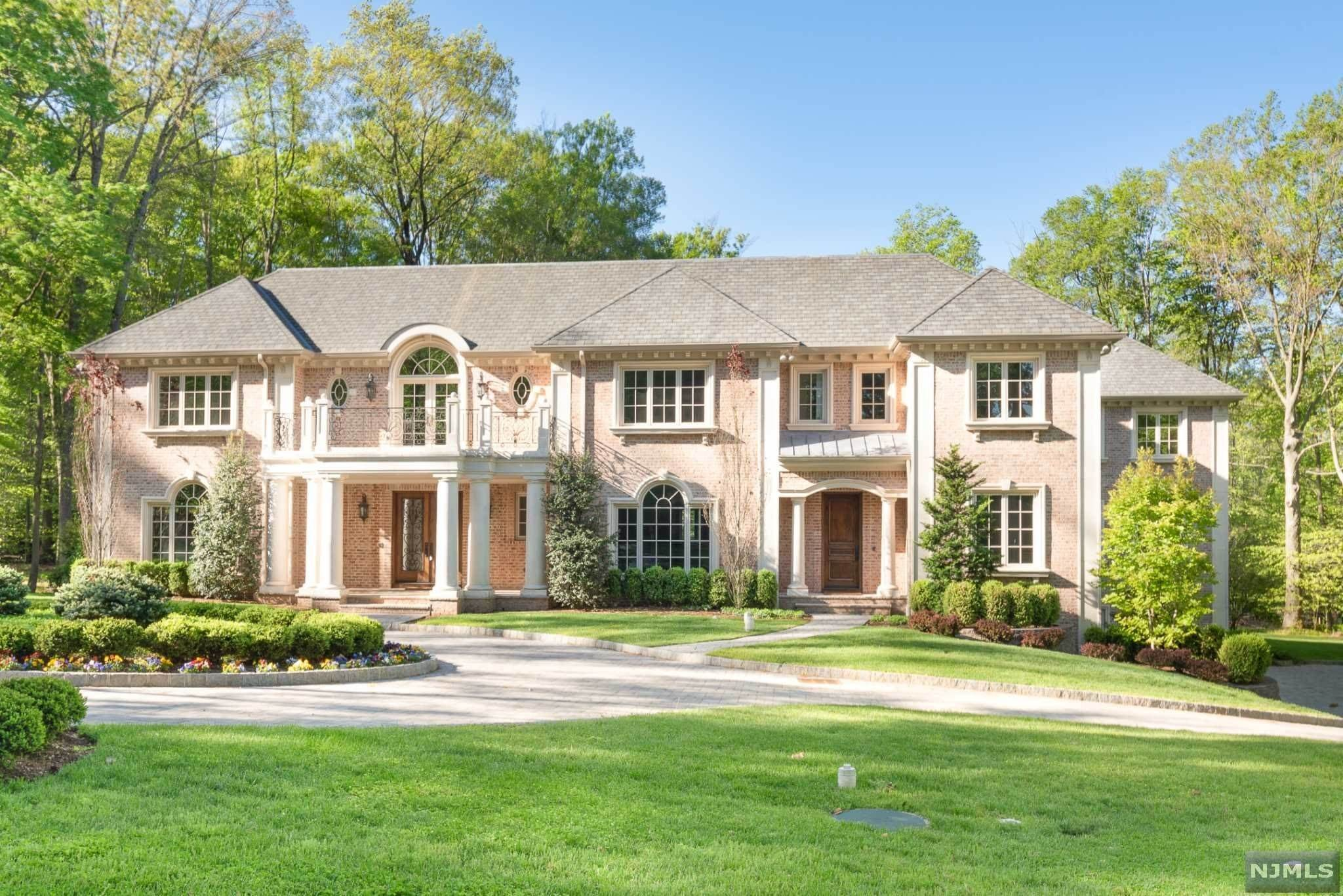 Single Family Home for Sale at 46 Westerly Road Saddle River, New Jersey, 07458 United States
