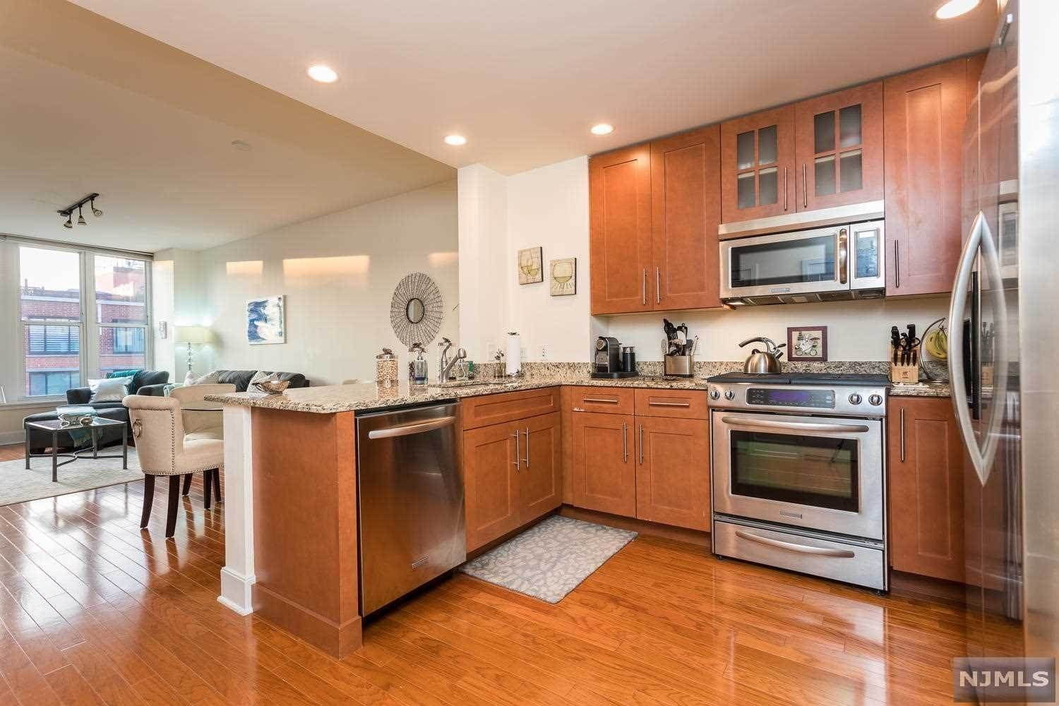 6. Condominium for Sale at 1125 Maxwell Lane #630 Hoboken, New Jersey, 07030 United States