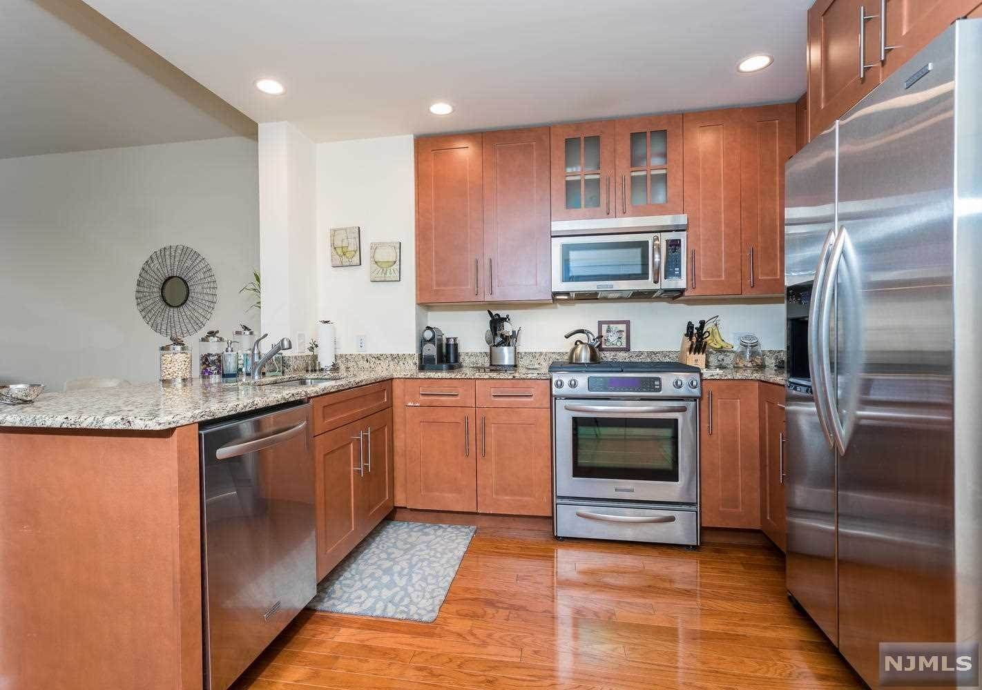 7. Condominium for Sale at 1125 Maxwell Lane #630 Hoboken, New Jersey, 07030 United States