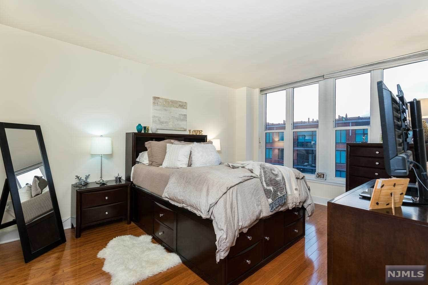 8. Condominium for Sale at 1125 Maxwell Lane #630 Hoboken, New Jersey, 07030 United States