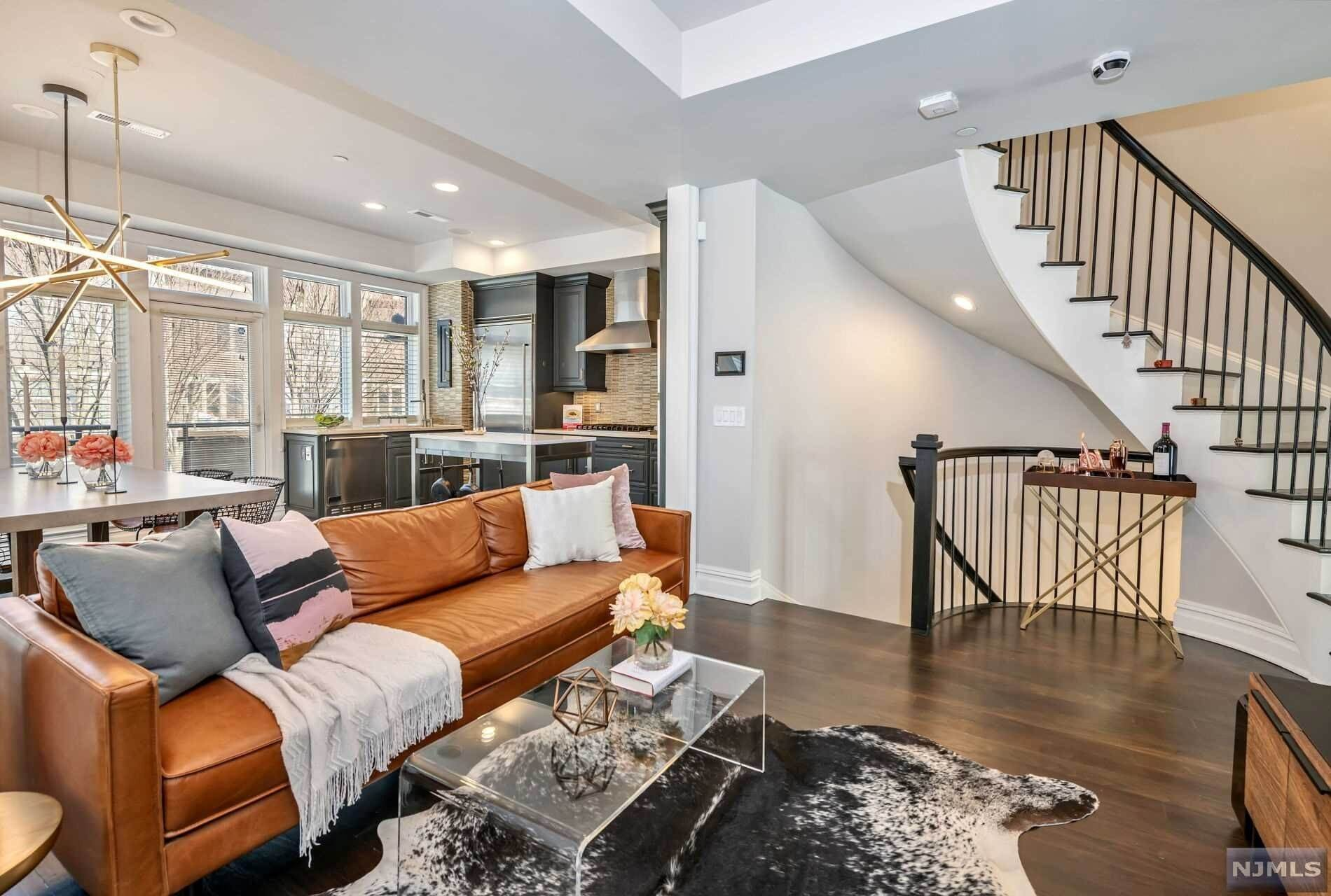 3. Condominium for Sale at 8 Cambridge Way Weehawken, New Jersey, 07086 United States