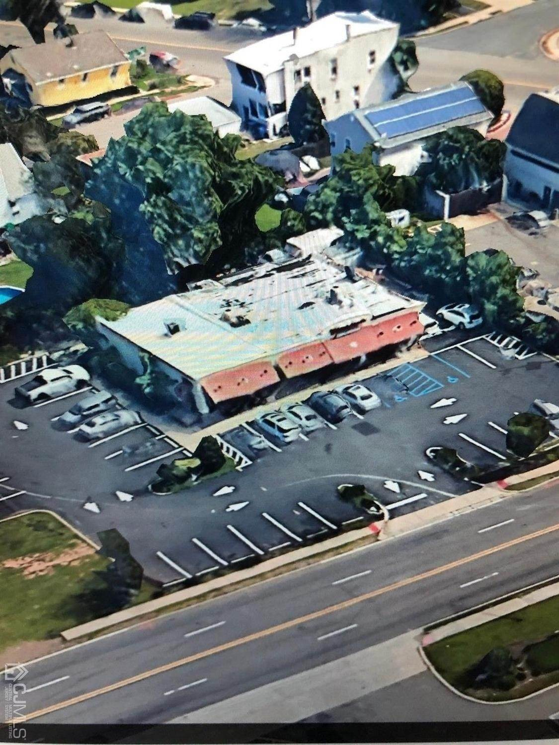 Commercial / Office for Sale at 22 W Pond Road Perth Amboy, New Jersey, 08861 United States