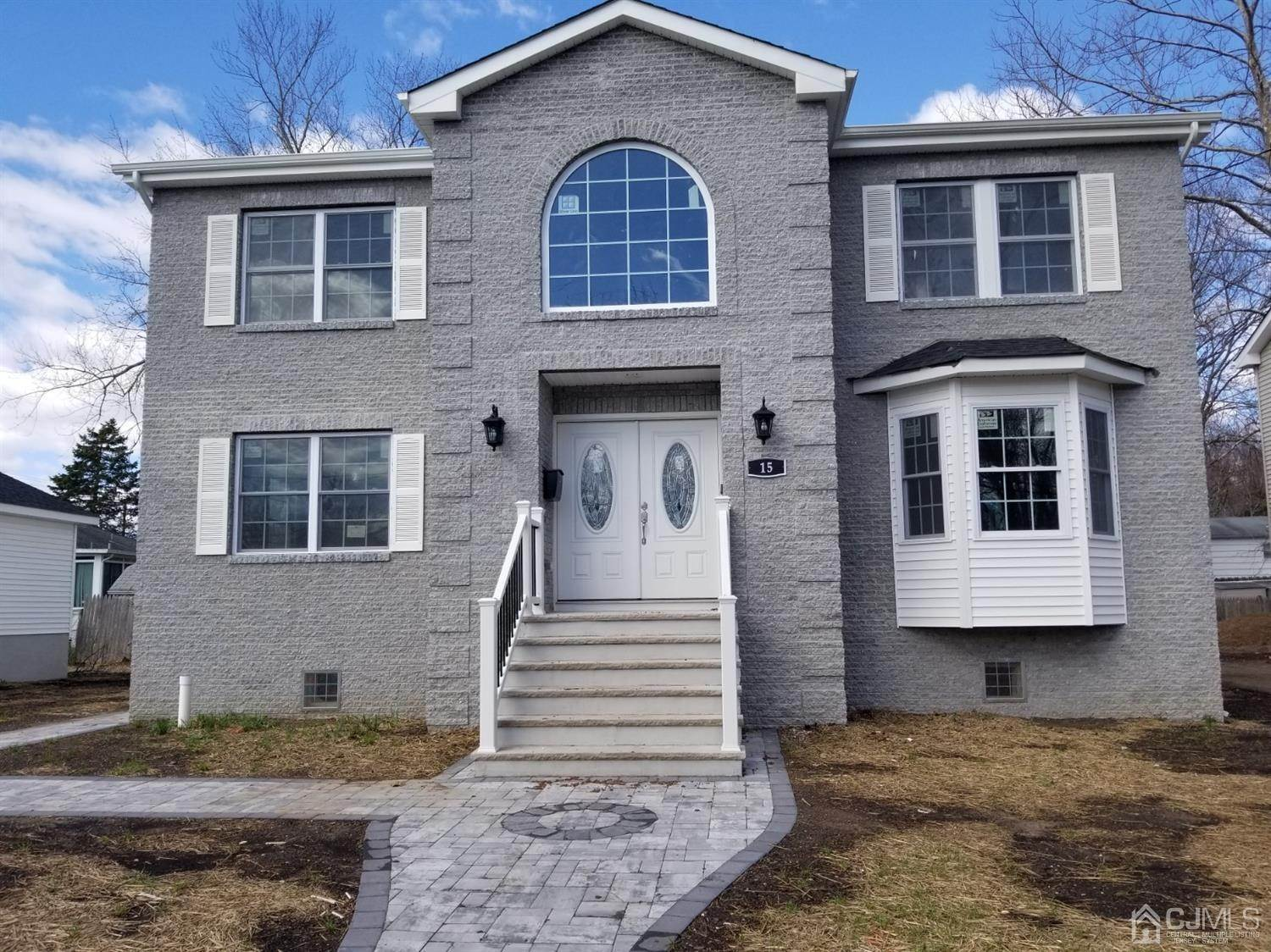 Single Family Home for Sale at 15 Adirondack Avenue Spotswood, New Jersey, 08804 United States