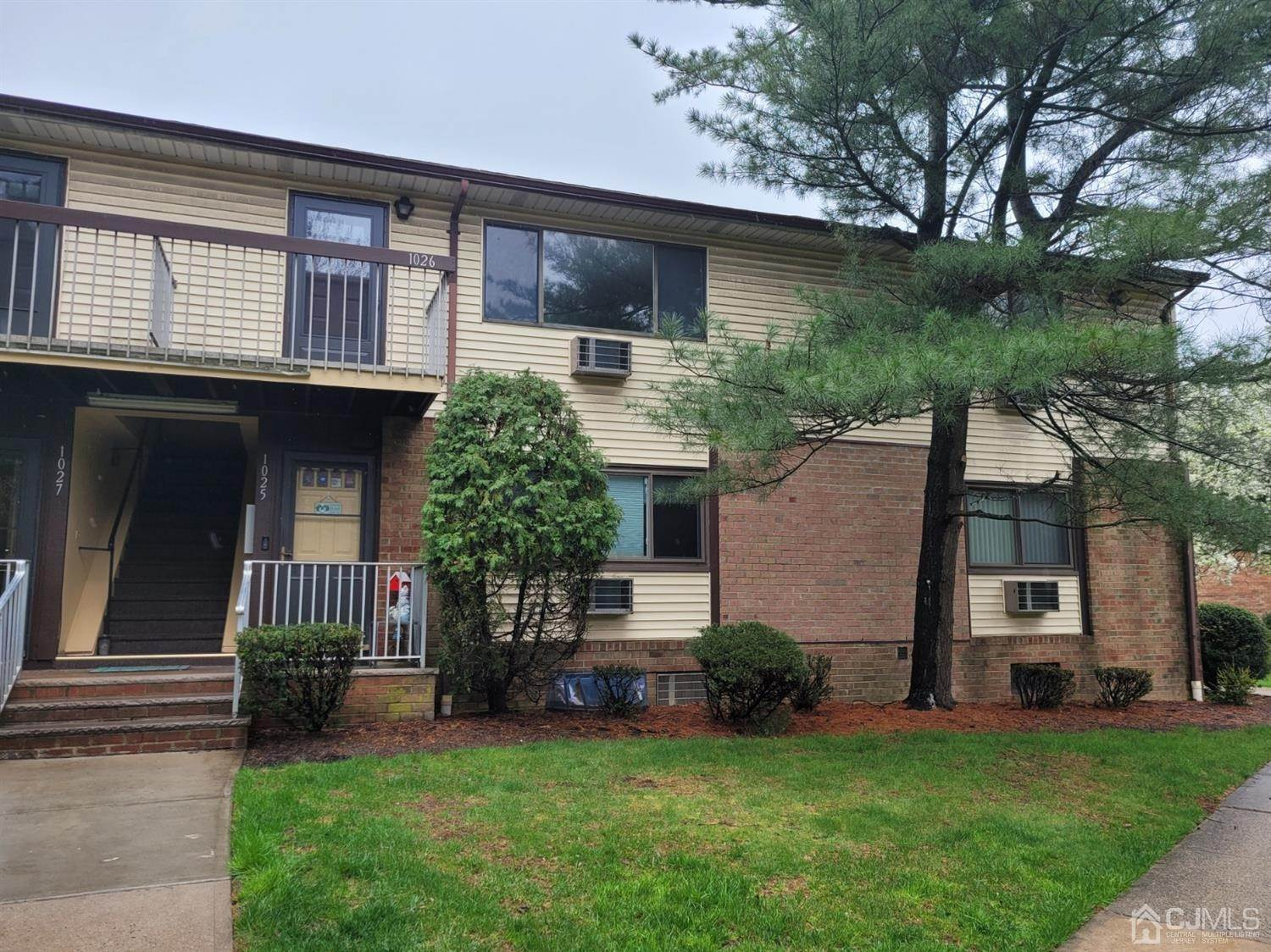 Apartments / Flats for Rent at 1026 Cricket Lane Woodbridge, New Jersey, 07095 United States