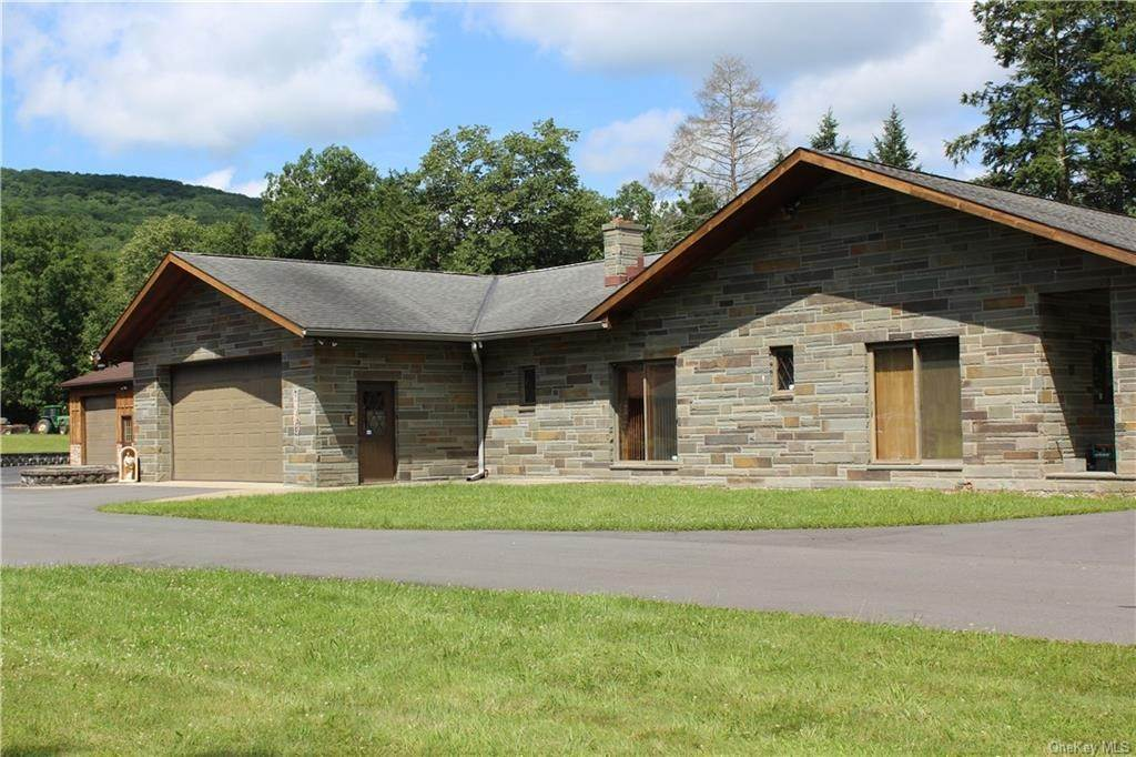 Single Family Home for Sale at 168 Zock Road Cuddebackville, New York, 12729 United States