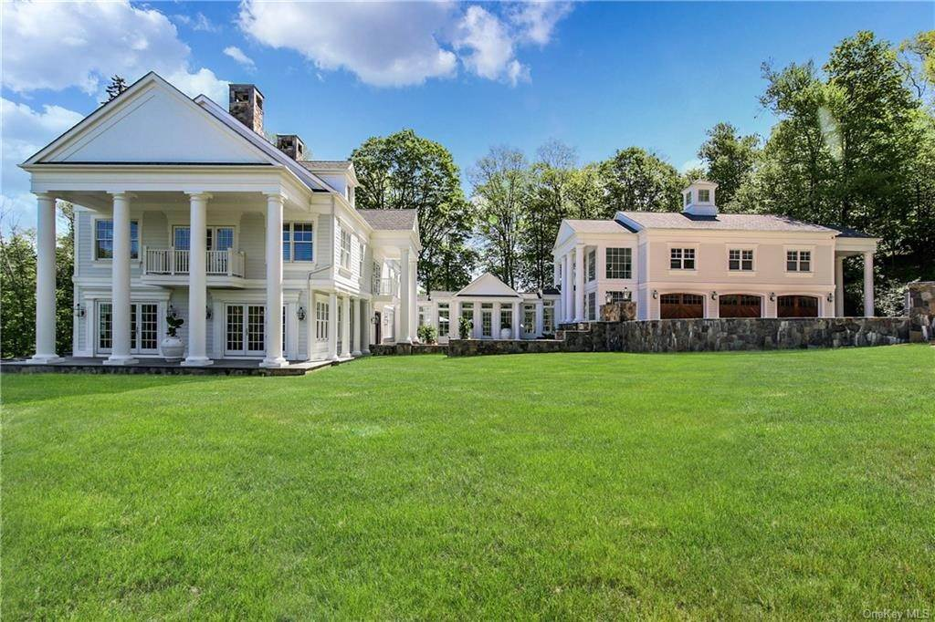 Single Family Home for Sale at 577 Millwood Road Chappaqua, New York, 10514 United States