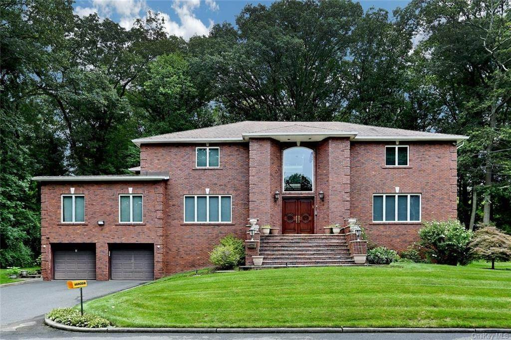 Single Family Home for Sale at 3 Pinewood Drive Monsey, New York, 10952 United States