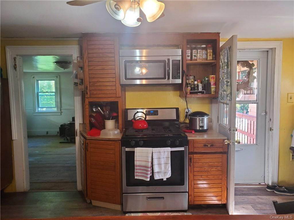 10. Single Family Home for Sale at 24 Guymard Turnpike Cuddebackville, New York, 12729 United States