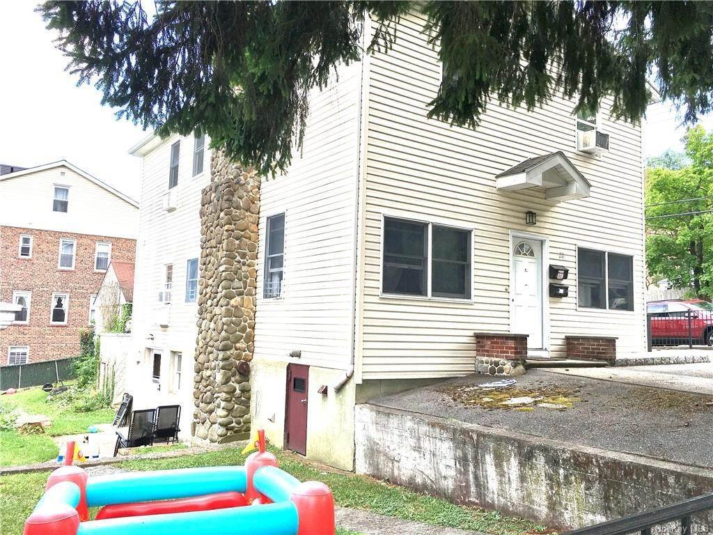 10. Single Family Home for Sale at 20 Aqueduct Avenue Yonkers, New York, 10704 United States