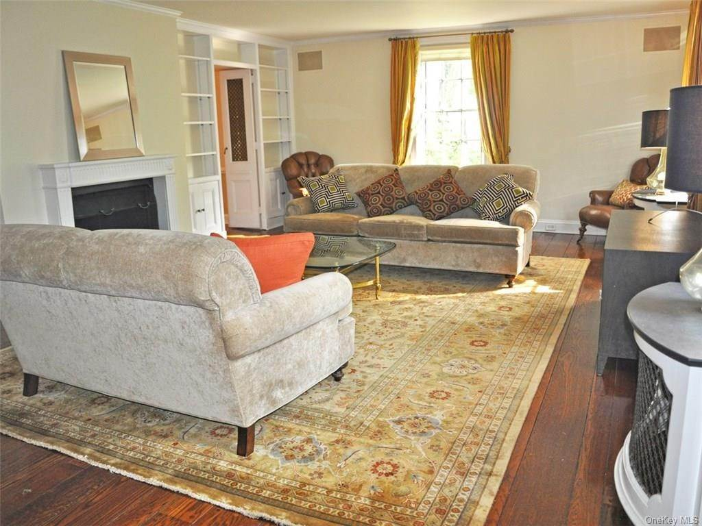 10. Single Family Home for Sale at 71 Lorillard Road Tuxedo Park, New York, 10987 United States