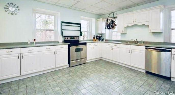 11. Single Family Home for Sale at 116 Hawkes Avenue Ossining, New York, 10562 United States