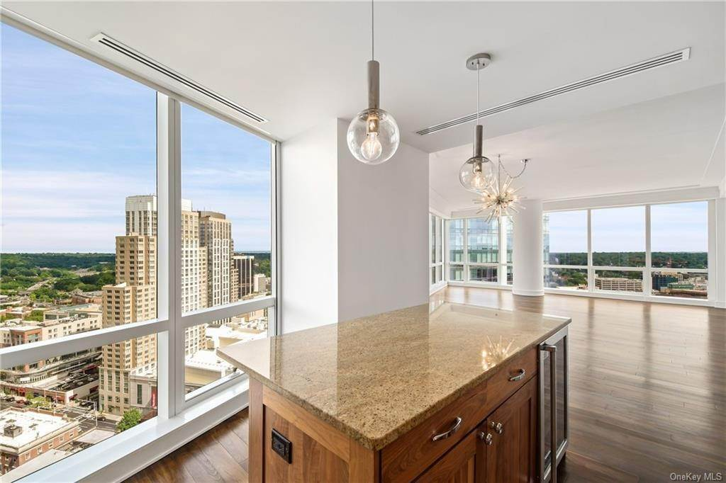 13. Single Family Home для того Продажа на 5 Renaissance Square White Plains, Нью-Йорк, 10601 Соединенные Штаты