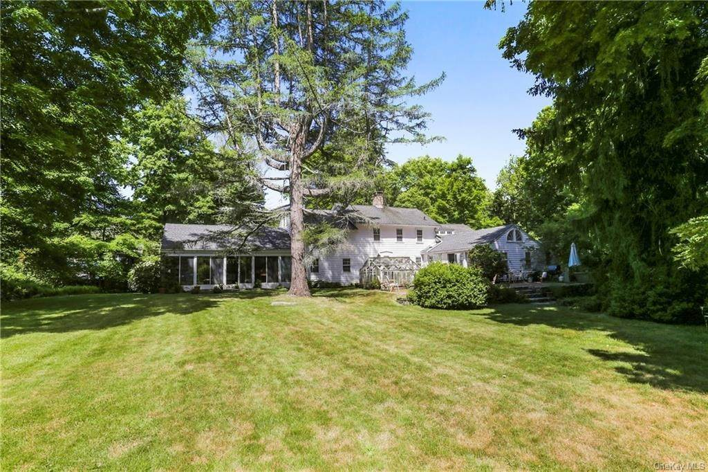 14. Single Family Home for Sale at 14 Lockwood Road South Salem, New York, 10590 United States