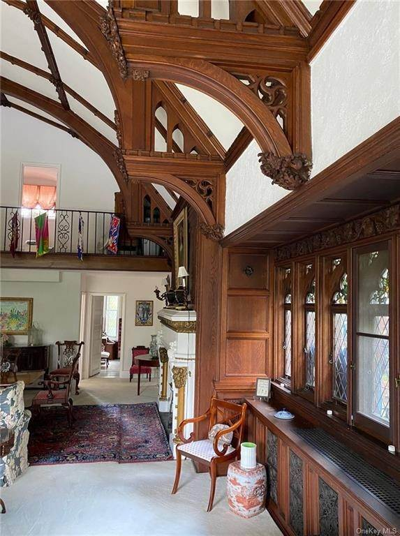 17. Single Family Home for Sale at 61 Crows Nest Road Tuxedo Park, New York, 10987 United States