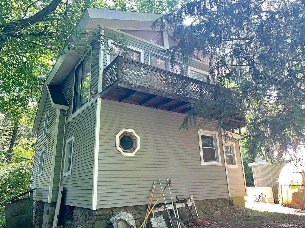 18. Single Family Home for Sale at 116 Hawkes Avenue Ossining, New York, 10562 United States