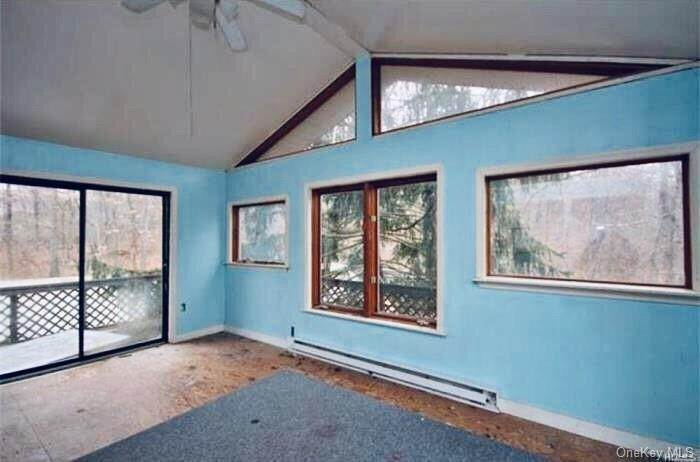 19. Single Family Home for Sale at 116 Hawkes Avenue Ossining, New York, 10562 United States