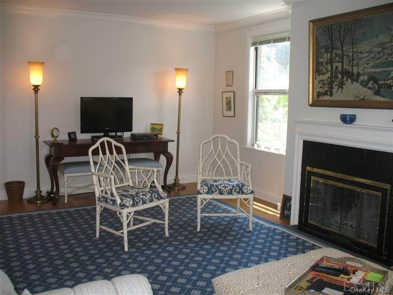 2. Single Family Home for Sale at 64 Sagamore Road Bronxville, New York, 10708 United States