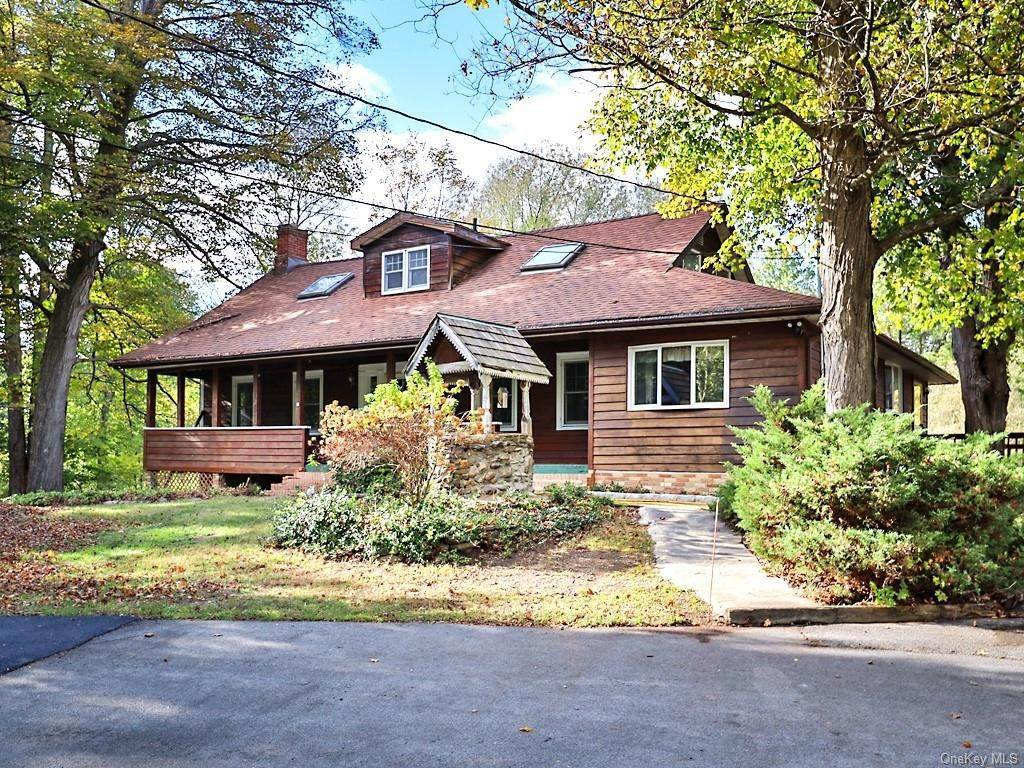 2. Single Family Home for Sale at 430 Stony Ford Road Middletown, New York, 10941 United States