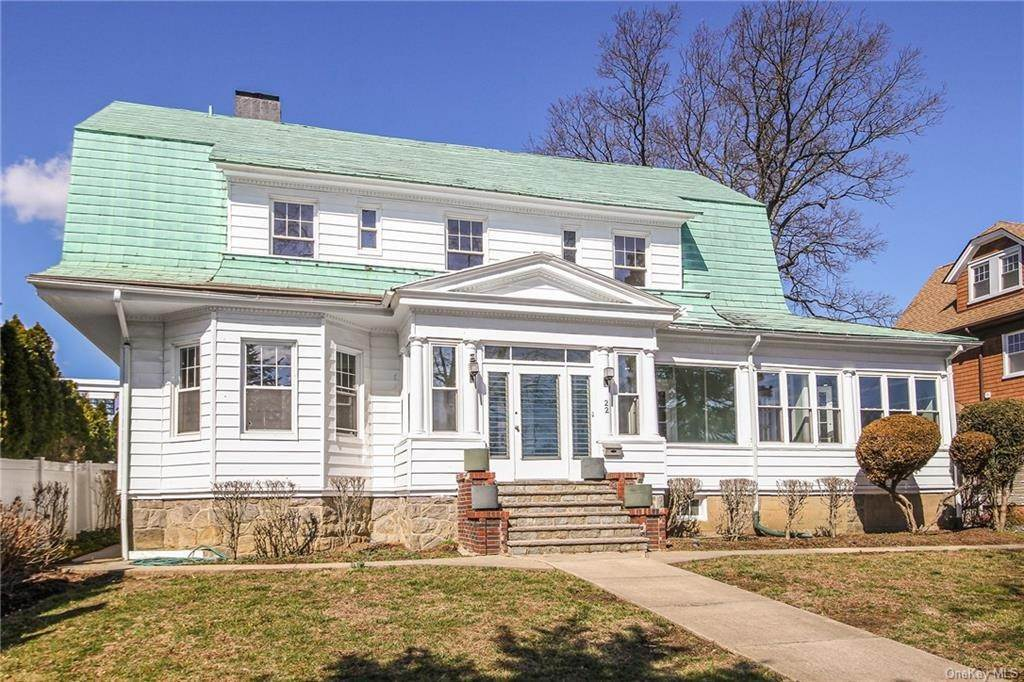 2. Single Family Home for Sale at 22 Hamilton Avenue New Rochelle, New York, 10801 United States
