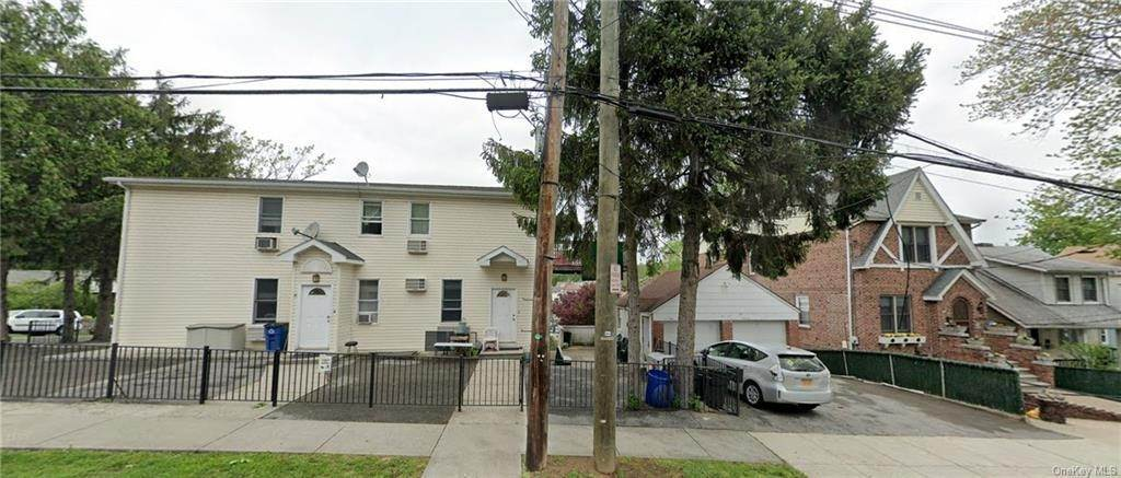 20. Single Family Home for Sale at 20 Aqueduct Avenue Yonkers, New York, 10704 United States