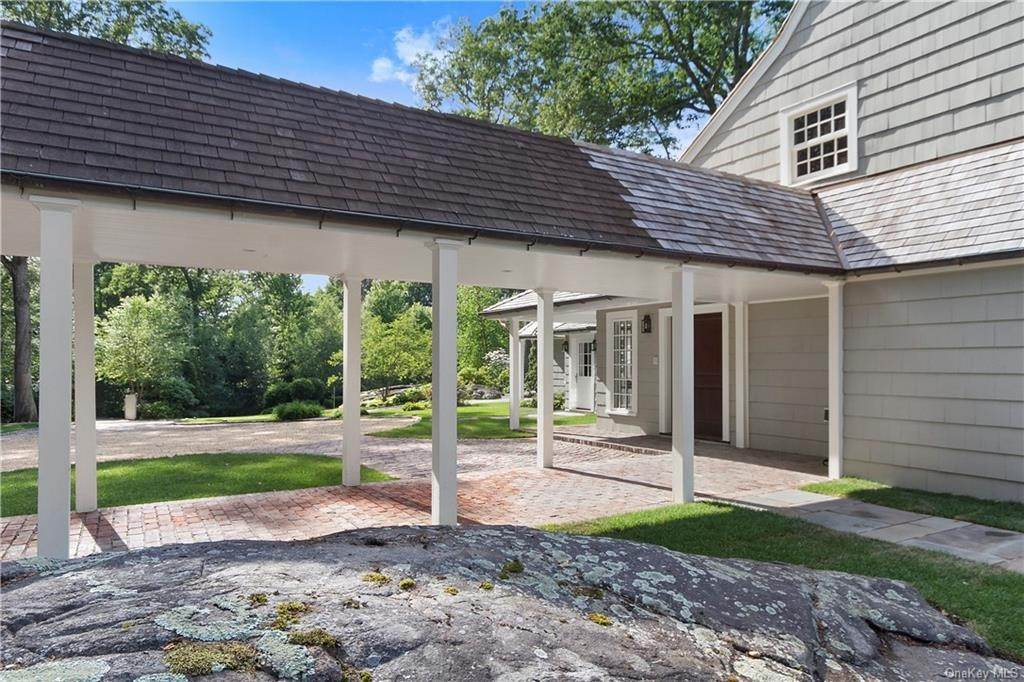 28. Single Family Home for Sale at 10 Frog Rock Road Armonk, New York, 10504 United States