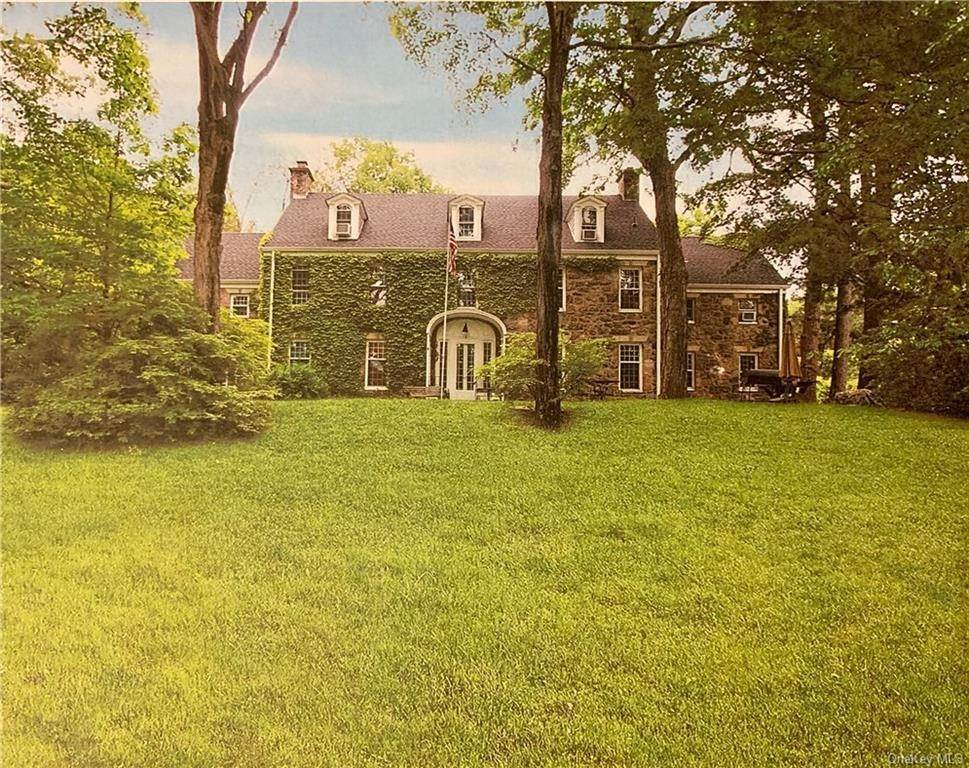 29. Single Family Home for Sale at 116 Hawkes Avenue Ossining, New York, 10562 United States