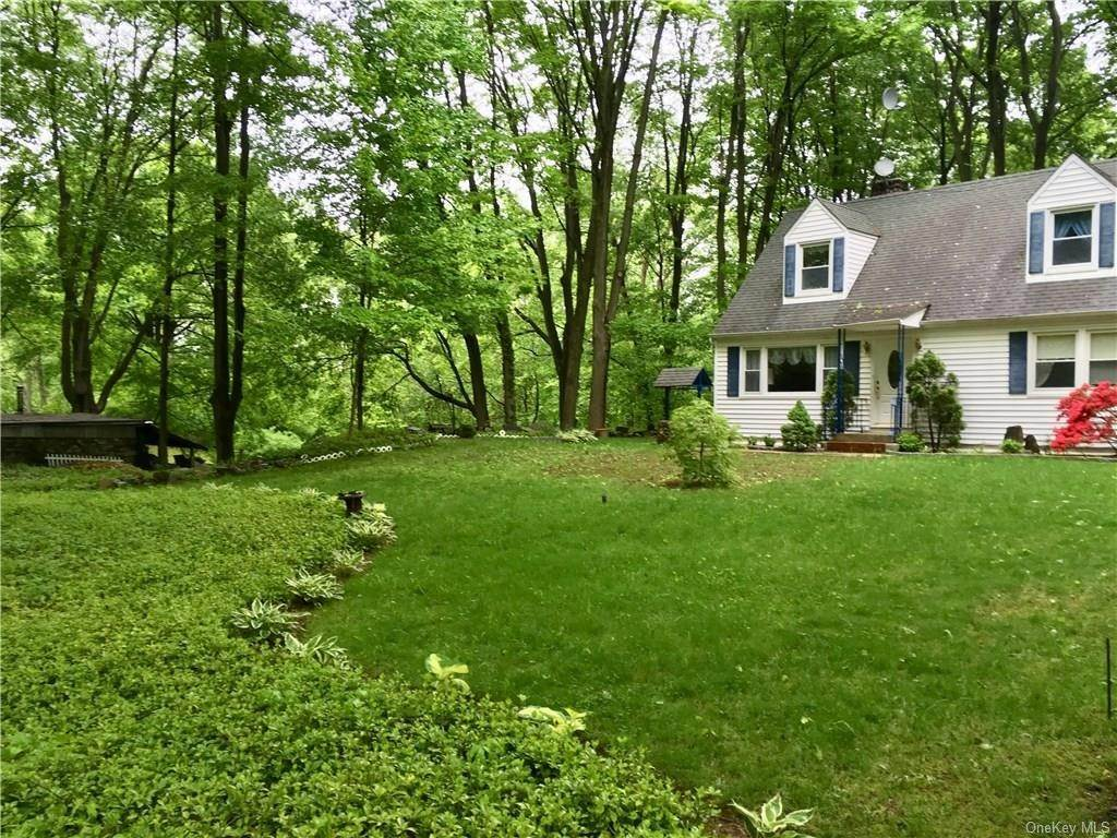 3. Single Family Home for Sale at 31 Old Lake Street West Harrison, New York, 10604 United States