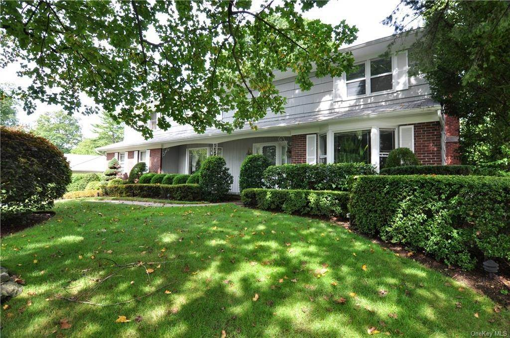 3. Single Family Home for Sale at 55 Hutchinson Boulevard Scarsdale, New York, 10583 United States
