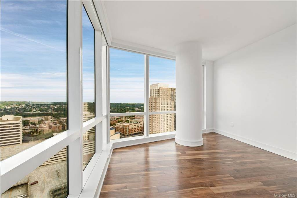 30. Single Family Home для того Продажа на 5 Renaissance Square White Plains, Нью-Йорк, 10601 Соединенные Штаты