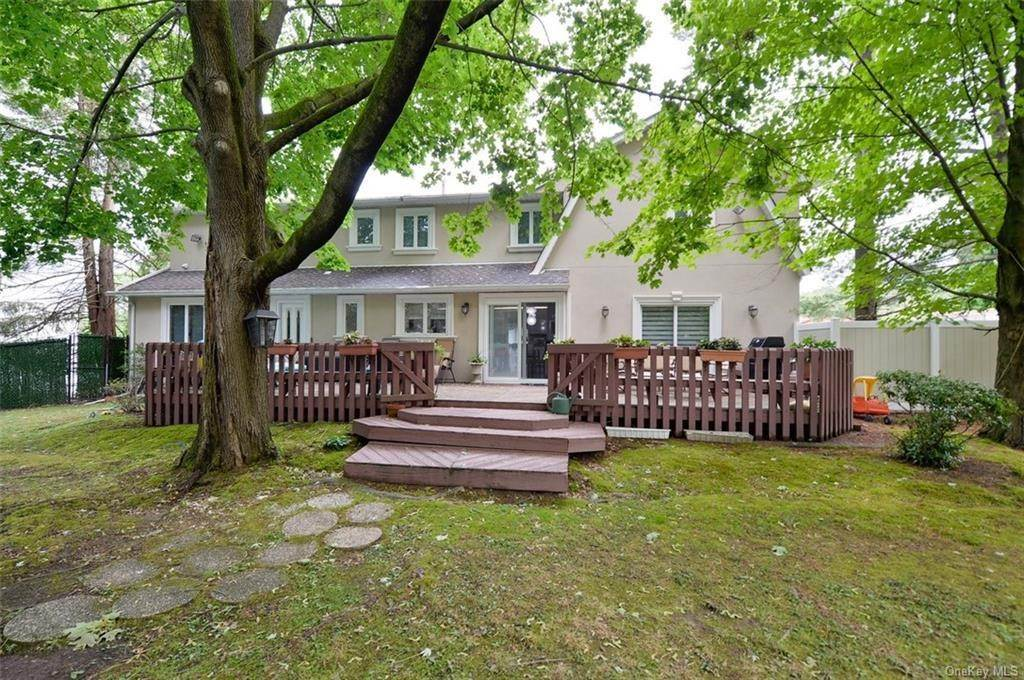 31. Single Family Home for Sale at 3 Lodi Lane Monsey, New York, 10952 United States