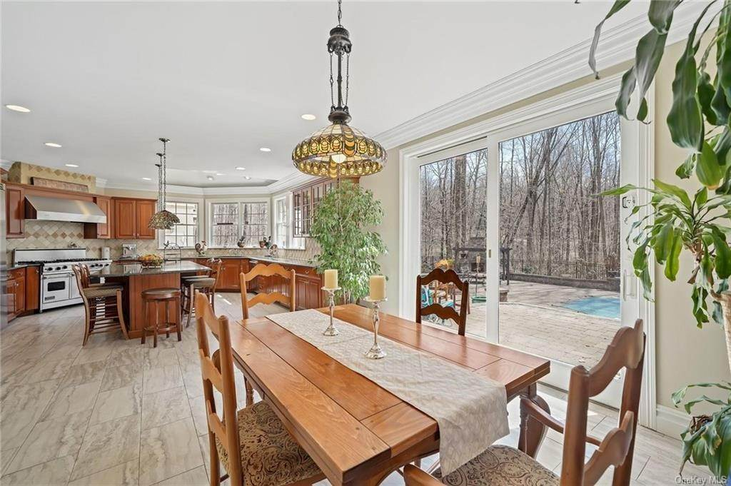 6. Single Family Home for Sale at 1115 Gambelli Drive Yorktown Heights, New York, 10598 United States