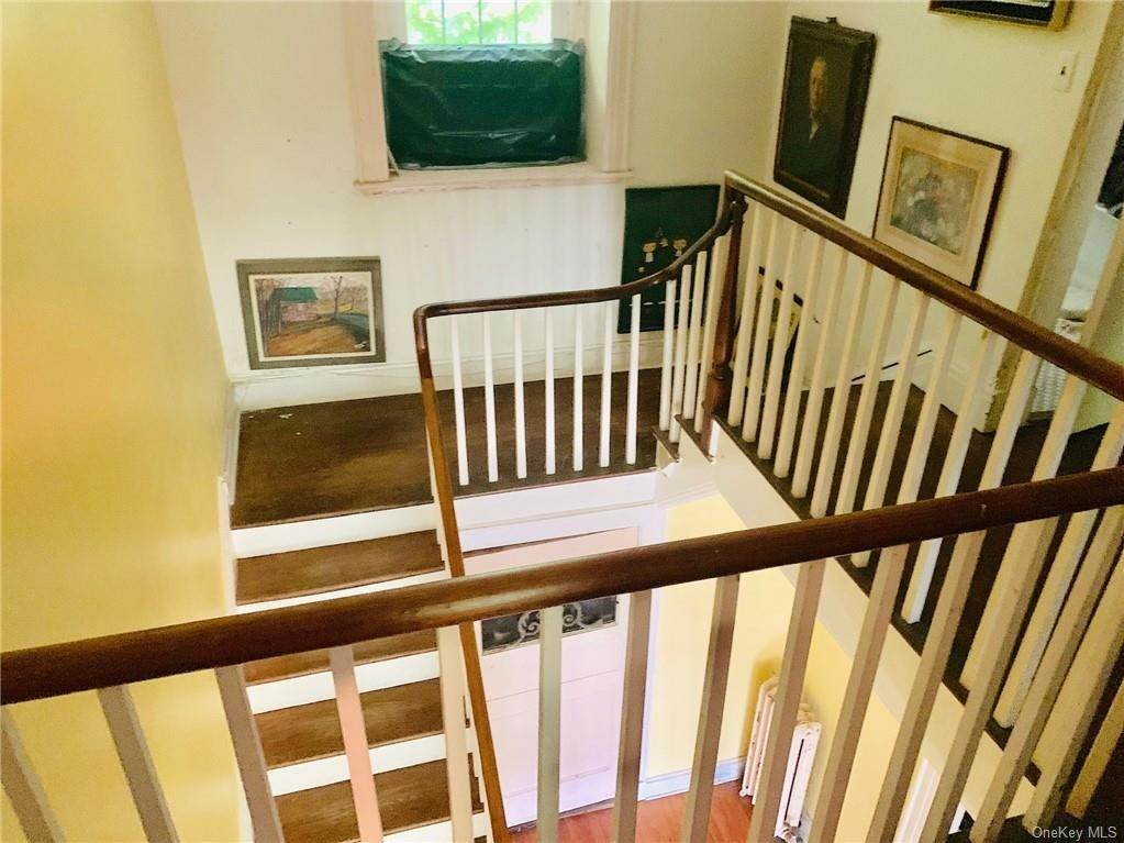 6. Single Family Home for Sale at 116 Hawkes Avenue Ossining, New York, 10562 United States