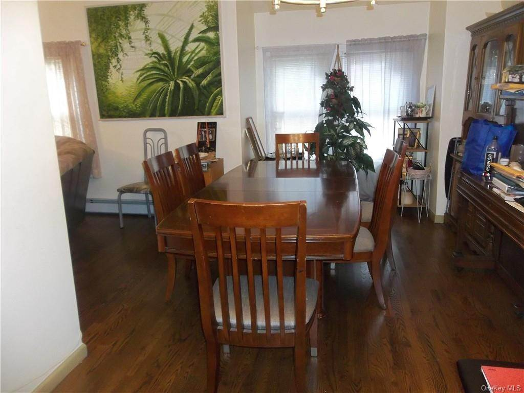 6. Single Family Home for Sale at 33 Ramapo Road Garnerville, New York, 10923 United States